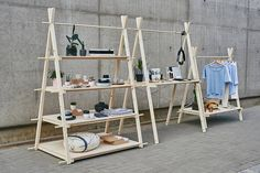 Tall VIGVAM multifunctional shelving / counter / rack by Milimetry, raw wood & plywood, shop and fair display Market Displays, Craft Show Displays, Display Shelves, Shelving, Counter Display, Plywood Shelves, Vide Dressing, Pop Up Shops, Raw Wood
