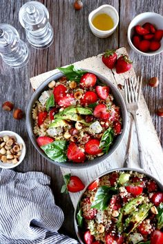 Not yet strawberry season, but what if your valentine is craving strawberries? Here is a quick, healthy salad, packed with sweet and savory flavors, and simply delicious! #strawberries #salad #healthy #Valentines #pinkforvalentinesday #valentinesdaymenu Easy Summer Salads, Summer Salad Recipes, No Bake Energy Bites, Energy Balls, Healthy Salads, Healthy Eats, Healthy Recipes, Eating Clean, Kitchens
