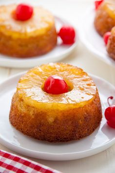 Mini Pineapple UpsideDown Cakes Baker by Nature, Pineapple Upside Down Cupcakes The Girl Who Ate Everything, Pineapple Upside Down Cake N. Classic Desserts, Mini Desserts, Food Cakes, Cupcake Cakes, Mini Pineapple Upside Down Cakes, Cake Recipes, Dessert Recipes, Punch Recipes, Easter Recipes