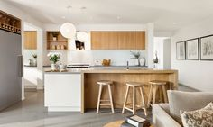 Indiana kitchen Modern white and timber kitchen with coastal feel Timber Kitchen, Cozy Kitchen, Living Room Kitchen, Kitchen Paint, Home Decor Kitchen, Kitchen Interior, New Kitchen, Home Kitchens, Kitchen Dining