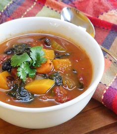 Mexican Minestrone is the perfect fall recipe for an easy family meal #weekdaysupper