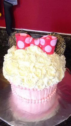 Mini mouse 1st birthday smash cake