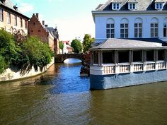 Canal side in Bruges #fiaf12