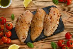Une marinade pour vos poitrines de poulet qui rendra vos soupers différents.
