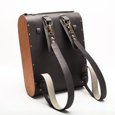 Leather & wood Backpack / natural | MADE BY HAND