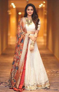 Keerthy Suresh (aka) Keerthi Suresh high quality photos stills images & pictures Indian Fashion Dresses, Indian Gowns Dresses, Dress Indian Style, Indian Designer Outfits, Half Saree Lehenga, Lehnga Dress, Indian Lehenga, Anarkali, Lehenga Skirt