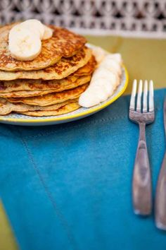 Banana pancakes -Simply mix together an egg and a banana for your new all-time favorite breakfast.