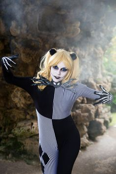 Harley Skellington Cosplay http://geekxgirls.com/article.php?ID=7840
