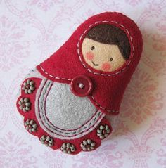 Matrioszka w stylu folk 🙂 – Pakamera.pl would like to make this as a christmas ornament. Felt Diy, Felt Crafts, Fabric Crafts, Sewing Crafts, Clay Crafts, Felt Christmas Decorations, Felt Christmas Ornaments, Christmas Crafts, Xmas