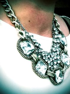 How to layer two statement rhinestone necklaces #sparkle