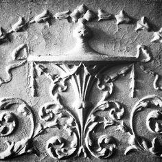 #swag #vines #plaster #plasterwork #stucco #ornaments #decorativearts #cork #corkdesign #ireland #irishart #irishdesign #irishcraft #aesthetic #interior #interiordesign #decor #home #photooftheday #igers #instadaily #instaart #artoftheday #blackandwhite #monochrome #monotone #filter #noir