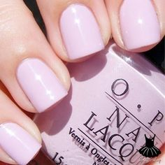 ♥Opi Panda-Monium Pink♥  one of those nail polishes that looks better than the colour you see on the bottle when applied