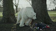 Urso polar perdido em Londres alerta para o desaparecimento do Ártico - veja o vídeo http://bbus.biz/t/111322