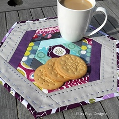 Hexi mug rug - make a bit bigger for a placemat?  @Bert