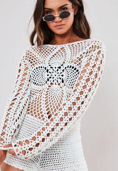 Order today & shop it like it's hot at Missguided. Crochet Pants, Crochet Romper, Crochet Bikini Top, Crochet Blouse, Crochet Clothes, Crochet Lace, Crochet Playsuits, Crochet Woman, African Fashion Dresses
