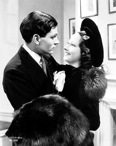 Laurence Olivier and Merle Oberon - The Divorce of Lady X is a hilarious romantic farce...love it!