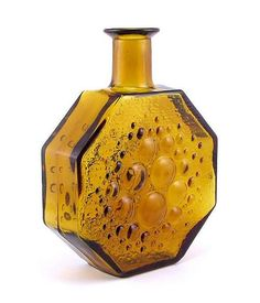 Stella Polaris: Riihimäki Glass In production: Height: 18 cm On pressed, blown semi-automatic machine Glass Design, Design Art, Inside A House, Grey And Gold, Amber Glass, Glass Art, Candle Holders, Perfume Bottles, Vases