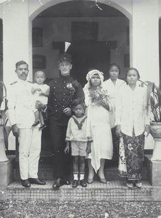 Het huwelijk van een KNIL-sergeant met een Indische vrouw.  1915 -1925