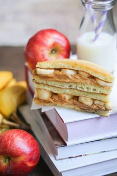 Transform your breakfast leftovers into a fun and tasty pancake sandwich that will wow your kids!