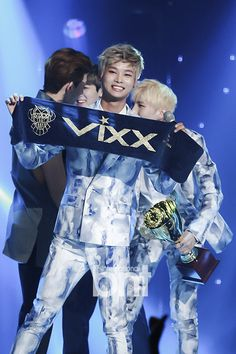 VIXX - Eternity #1 at Show Champion! [©bnt international] - Awww Cha leader is adorable ^^