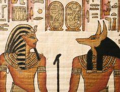 Encuentran en Luxor una réplica de la tumba de Osiris que esconde un poco secreto: http://www.muyinteresante.es/historia/articulo/encuentran-en-luxor-una-replica-de-la-tumba-de-osiris-341420452410