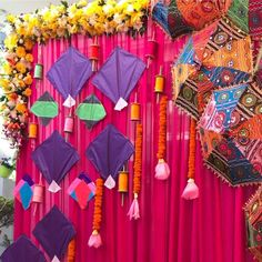 41 Trending Photobooth Ideas Must Try For Wedding Functions In 2020 Desi Wedding Decor, Wedding Decorations On A Budget, Stage Decorations, Outdoor Decorations, Mehendi Decor Ideas, Mehndi Decor, Paper Flowers Craft, Flower Crafts, Kite Decoration