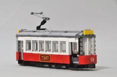 lego tram (by SouKoyamada)