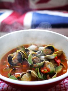 The Londoner: Spiced Tomato & Pancetta Clams