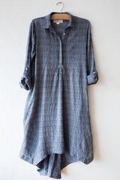 birds of paradis flowy shirt dress