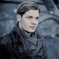 Jace Wayland/Morgenstern/Lightwood ️ He looks so good ♡ From the new promo of Shadowhunters season 2b