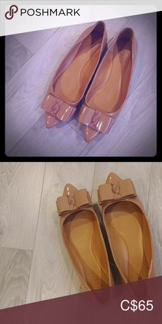 Crew Tan size Moccasins at a discounted price at Poshmark. Description: Chaussures j crew. J Crew Shoes, Plus Fashion, Fashion Tips, Fashion Trends, Moccasins, Best Deals, Closet, Things To Sell, Style