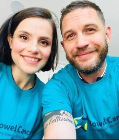 """""""new selfie from Charlotte & Tom showing their support for those affected by bowel cancer 💙"""" Tom Hardy Wife, Tom Hardy Charlotte Riley, Tom Hardy Variations, World Smile Day, New James Bond, Thing 1, Relationship Goals Pictures, Hollywood Actor, Outfits"""