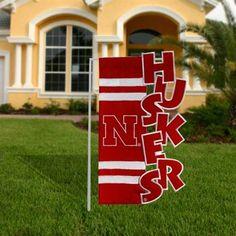Nebraska Cornhuskers Scarlet-White Cut-Out Applique Garden Flag