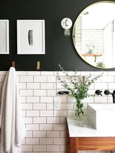 Love there white subway tile and black wall paint for a small bathroom Classic bathroom. Love there white subway tile and black wall paint for a small bathroom Classic Bathroom, Small Bathroom, Bathroom Inspiration, Bathroom Decor, Black Bathroom, Amazing Bathrooms, Bathrooms Remodel, Bathroom Renovations, Best Bathroom Lighting
