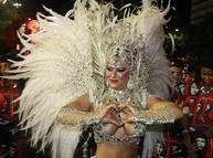 Viviane Araújo se prepara para o desfile do Salgueiro, a segunda a entrar na Sapucaí neste domingo Foto: Fabiano Rocha / Extra