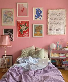 @pearly_interiors's Instagram profile post Room Ideas Bedroom, Bedroom Decor, Bedroom Signs, Decorating Bedrooms, Bedroom Inspo, Bed Room, Pastel Room, Pastel Decor, Pretty Room