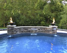 Discover recipes, home ideas, style inspiration and other ideas to try. Pool Spa, Swimming Pool Water, Swimming Pools Backyard, Pool Landscaping, Pool Cabana, Stone Water Features, Small Water Features, Outdoor Water Features, Water Features In The Garden