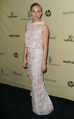Palest White Woman in a White Dress: Sienna Miller | The 29 Most Interesting Fashion Moments Of The Golden Globes