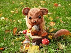 Ravelry: Squirrel pattern by Sabrina Somers