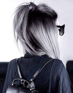33 Versuchen Sie graues Ombre-Haar in dieser Saison Graues Ombre-Haar bleibt beliebt, w . - 33 Probieren Sie Grey Ombre Hair in dieser Saison Haar Graues Ombre-Haar bleibt beliebt, was - Ombre Hair Color, Cool Hair Color, Grunge Hair, Hair Looks, Hair Inspiration, Cool Hairstyles, Gorgeous Hairstyles, Hairstyles Haircuts, Grey Haircuts