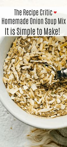 Homemade Onion Soup Mix is super easy, perfectly seasoned and tastes better than store bought mix. Making your own mix puts the mind at ease, you know exactly what's in it, it's cheaper and tastes amazing. It's so simple you can whip it up whenever you need it. Homemade Onion Soup Mix, Soup Mixes, Super Easy, Make It Yourself, Recipes, Rezepte, Recipe, Cooking Recipes