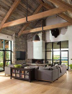 #interiorstyling #interiordecor #interior #LivingRoom #onekindesign #farmhousestyle #farmhouse #montana