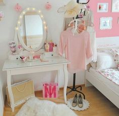 Dressing Table Inspiration, Room Inspiration, Pink Bedrooms, Girls Bedroom, Diy Room Decor, Bedroom Decor, Home Decor, White Vanity Table, Terrace Decor