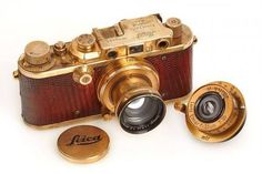 Rare Leica, Nikon, and Rolleiflex among the highlights of WestLicht Photographica Camera Auction - Lomography Antique Cameras, Old Cameras, Vintage Cameras, Leica Appareil Photo, Matt Hardy, Photography Camera, Photography Tips, Pregnancy Photography, Viajes