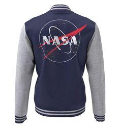 👩🚀 La tête dans les étoiles 😉 avec ce Magnifique Teddy NASA 100% Officiel - NASA Logo. ✅15% de RABAIS sont OFFERTS sur votre PREMIÈRE COMMANDE. ✅Copiez le Code de Réduction de 15% : EMEANEQXSB41 Vous le saisirez lors de votre passage à la caisse. Sous licence officielle NASA.  #mug#tasse 💥Suivez-nous @iprintstar💥 Nous sommes Revendeur Officiel. #nasa #nasa🚀 #modefrancaise #modefr #modeparisienne #modeparisiennne #goodies #goodiesmurah #parisgoodies #lovingmygoodiesfromparis… Sweat Shirt, Logos, Licence, Wetsuit, Officiel, Boutique, Swimwear, Sweaters, Polyester