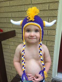 Minnesota Vikings Mohawk Hat! I want it so cute.
