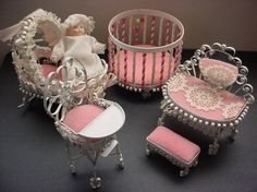 25 Creative Ways To Reuse Cans (30) 9 Aluminum Can Crafts, Aluminum Cans, Doll Furniture, Dollhouse Furniture, Miniature Furniture, Nursery Furniture, Baby Doll Nursery, Baby Dolls, Pop Can Crafts