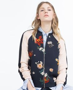 New clothes and accessories updated weekly at ZARA online. Stay in style with seasonal trends. Floral Bomber Jacket, Printed Bomber Jacket, Bomber Jackets, Zara, Diy Vetement, Fashion Corner, Hipster Outfits, Ladies Dress Design, Mantel