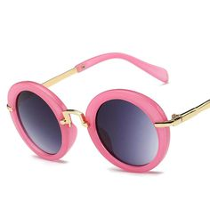 b67f73b2ea8 Boy s Round Sunglasses 100% UV 400 Anti-UV Vintage Boy s Round Sunglasses  100% UV 400 Anti-UV Vintage. Girl With SunglassesKids SunglassesMirrored ...