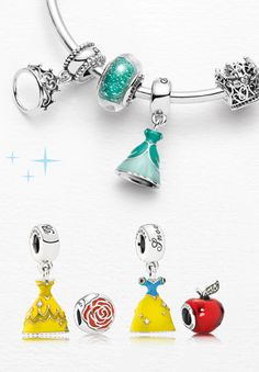pandora charms pandora rings pandora bracelet Fashion trends Haute couture Style tips Celebrity style Fashion designers Casual Outfits Street Styles Women's fashion Runway fashion Disney Pandora Bracelet, Pandora Charms Disney, Pandora Beads, Disney Jewelry, Pandora Rings, Pandora Bracelets, Pandora Jewelry, Disney Rings, Pandora Pandora